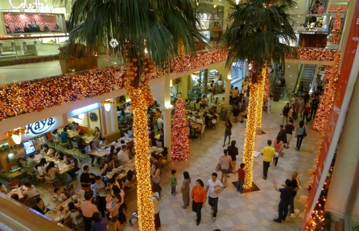 An Orange Christmas at Rockwell Powerplant