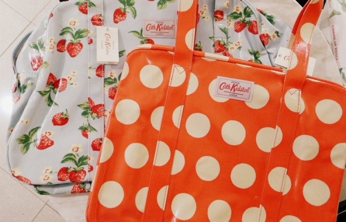 Ordering Cath Kidston Online + Johnny Air Service