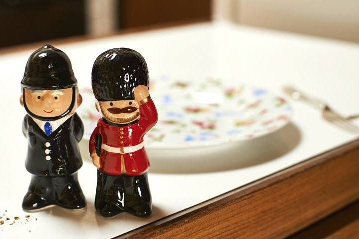guards saltpepper shaker CK
