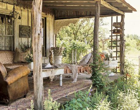 Exterior-porch-cottage-HTOURS0505-de