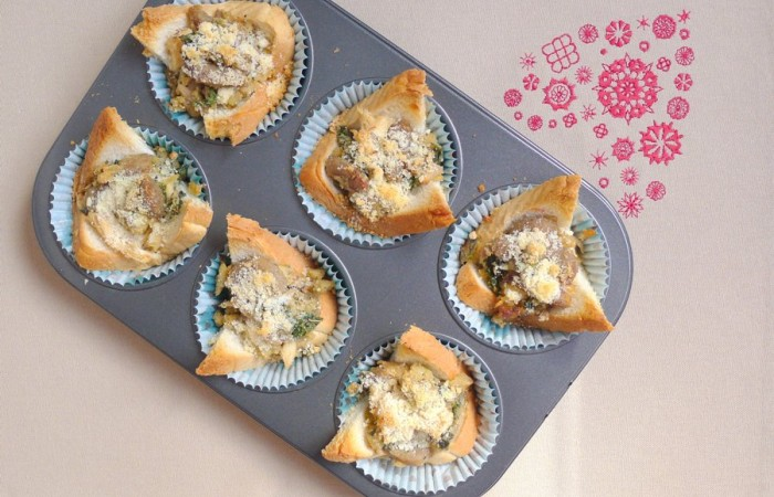 Bread and Italian Sausage Muffins