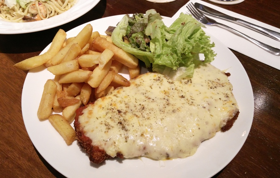 A really big serving of Chicken Parmigiana at Erwin's Gastropub.