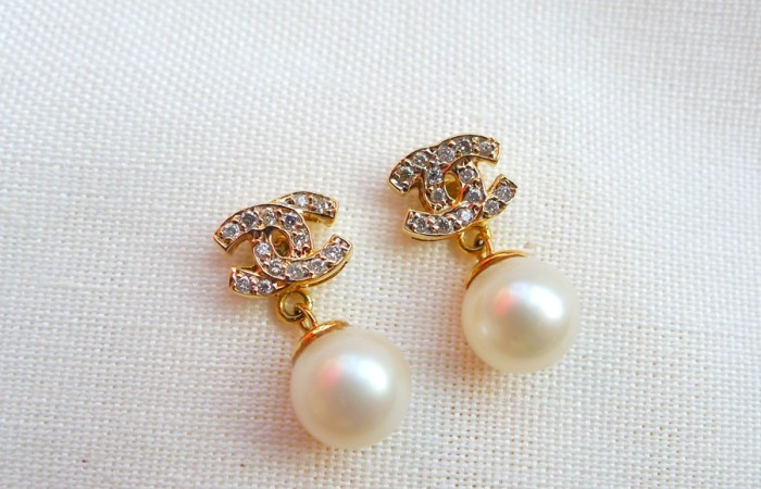 Summer Sale: Chanel-Inspired Pearl Drop Earrings
