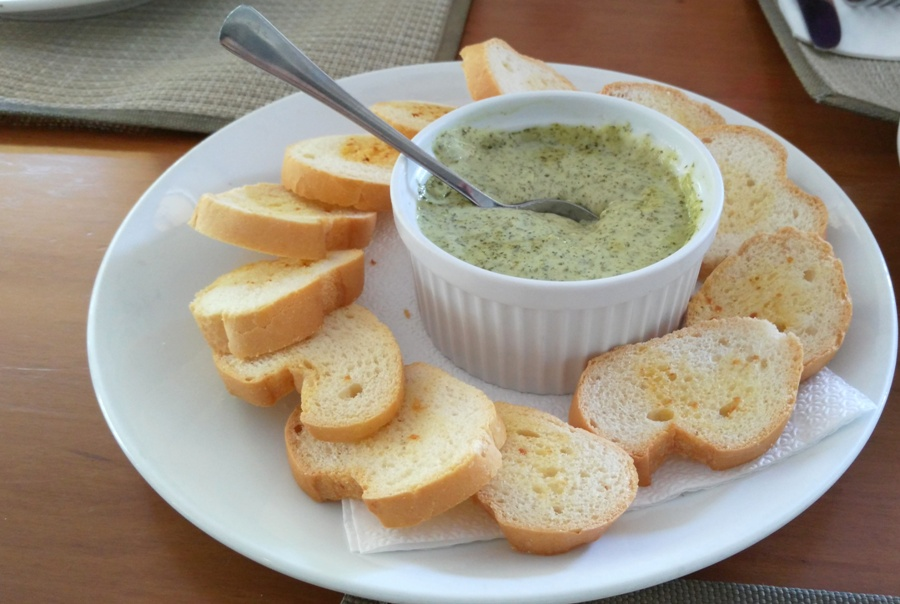 Spinach and Cheese Dip (Php190.00)